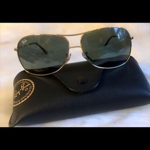Rayban 3267  gold aviator sunglasses with case